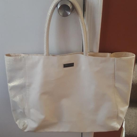 f01a517690 jimmy choo Handbags - Jimmy Choo Perfume Large Tote